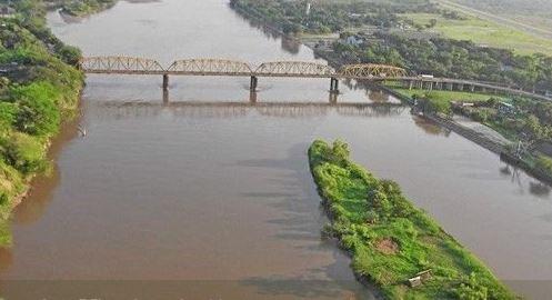 Chef de la Naviera Fluvial de Colombia que cayó al río Magdalena sigue desaparecido | EL FRENTE