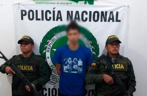 Mujer fue asesinada a  cuchilladas por su hermano  | EL FRENTE