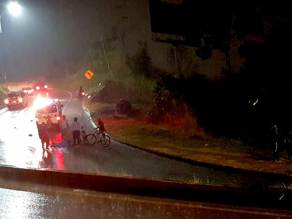 Piso húmedo influyó en muerte de ciclista | EL FRENTE