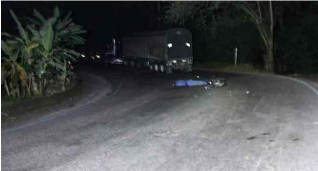 Dos jóvenes fallecieron al perder el control en una curva | EL FRENTE