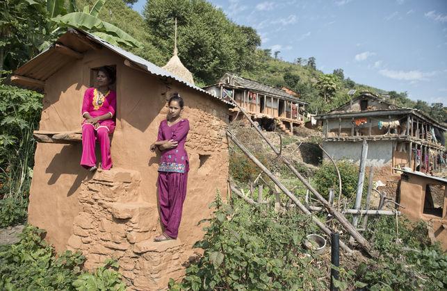 Una nepalí y sus hijos mueren por una tradición  | EL FRENTE