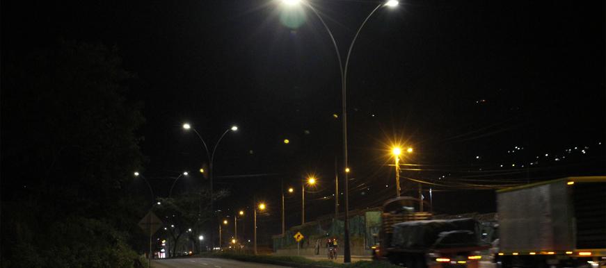 Bucaramanga tendrá el 95% de su alumbrado con tecnología LED  | Metro | EL FRENTE