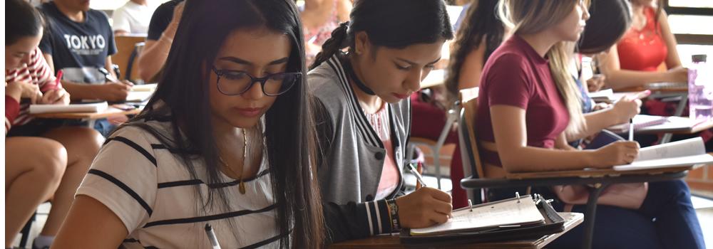 Becas UTS. Un total de 616 estudiantes sobresalientes fueron favorecidos  | Variedades | EL FRENTE
