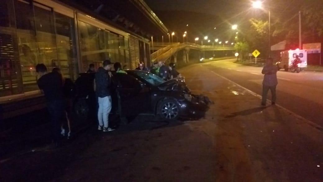 Tres heridos dejó accidente de tránsito en Floridablanca   EL FRENTE