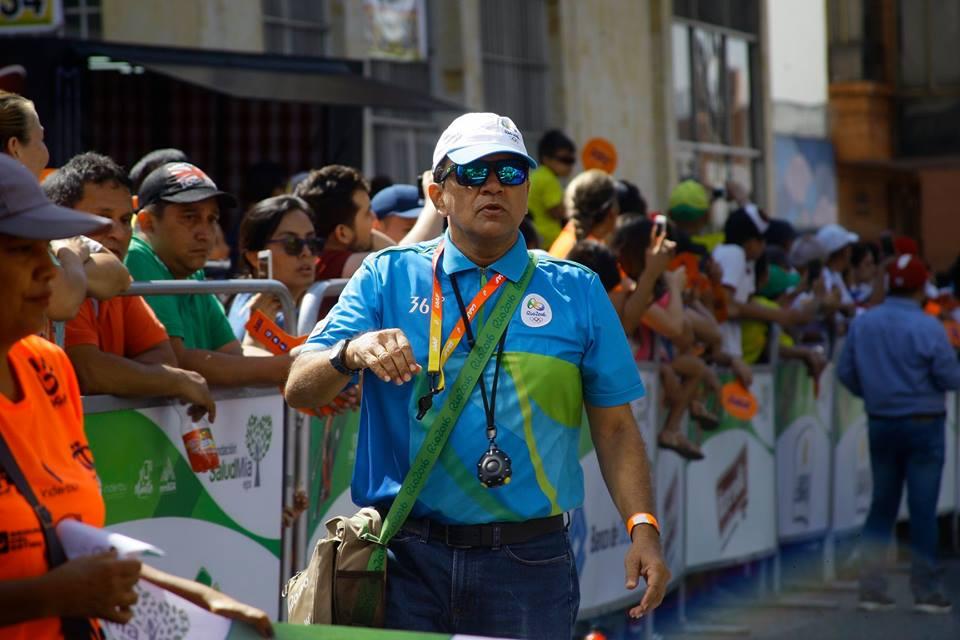 Juez de atletismo Jaime Santos en Suramericano de Cross Country | EL FRENTE