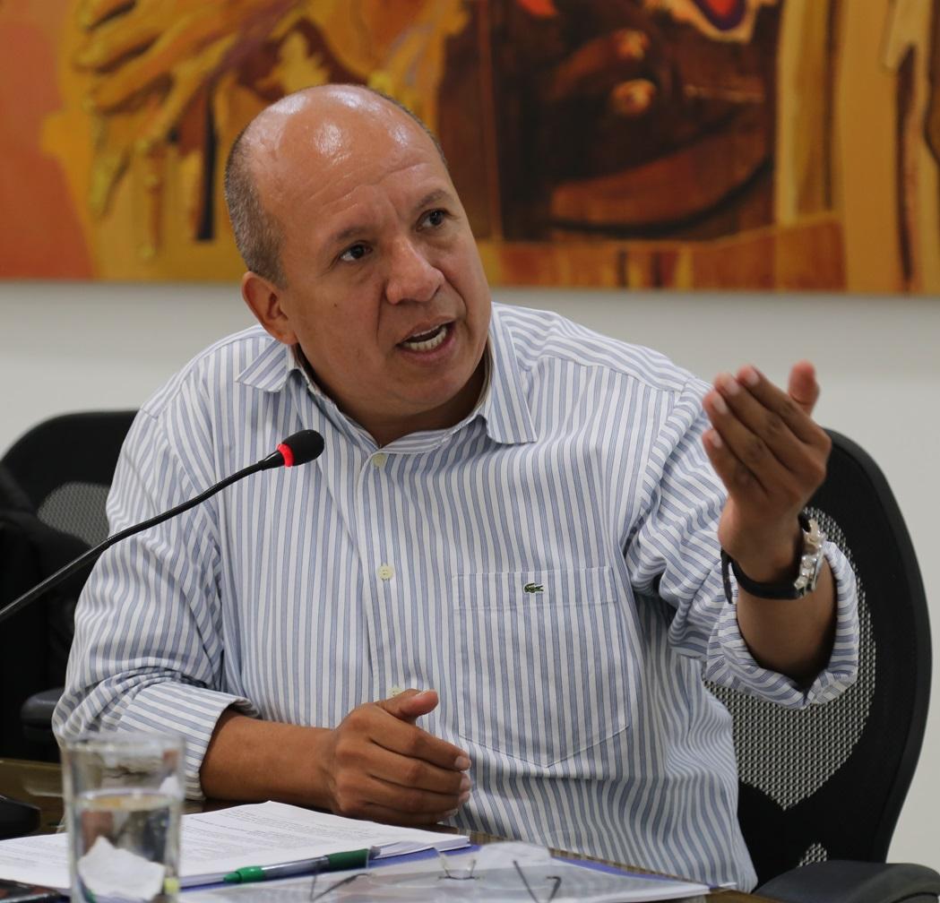 Pedro Nilson Amaya tendría aval conservador  | EL FRENTE
