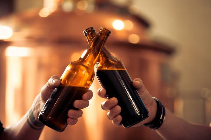Definido el precio de la nueva cerveza de Ardila Lulle en Colombia | EL FRENTE
