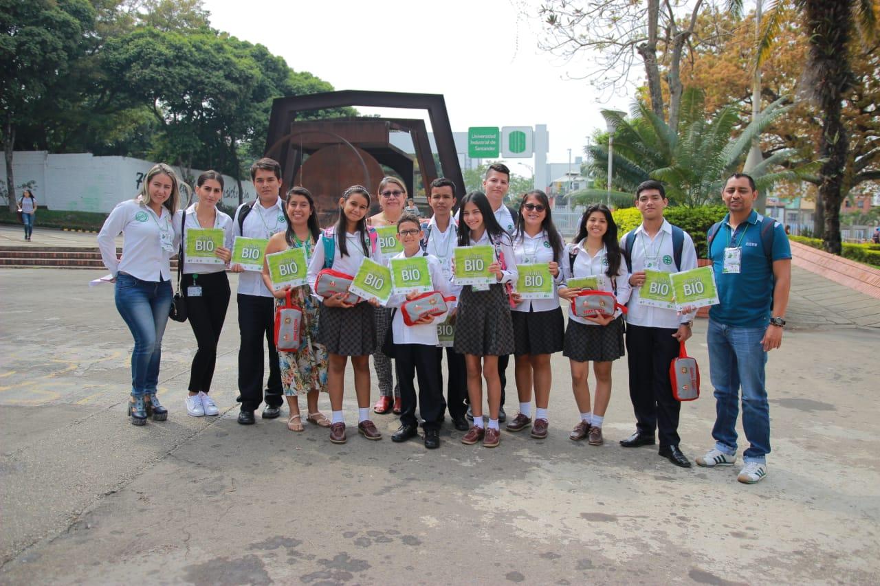 Delegación de estudiantes en SantanderBIO. Jóvenes comprometidos con el medio ambiente | EL FRENTE