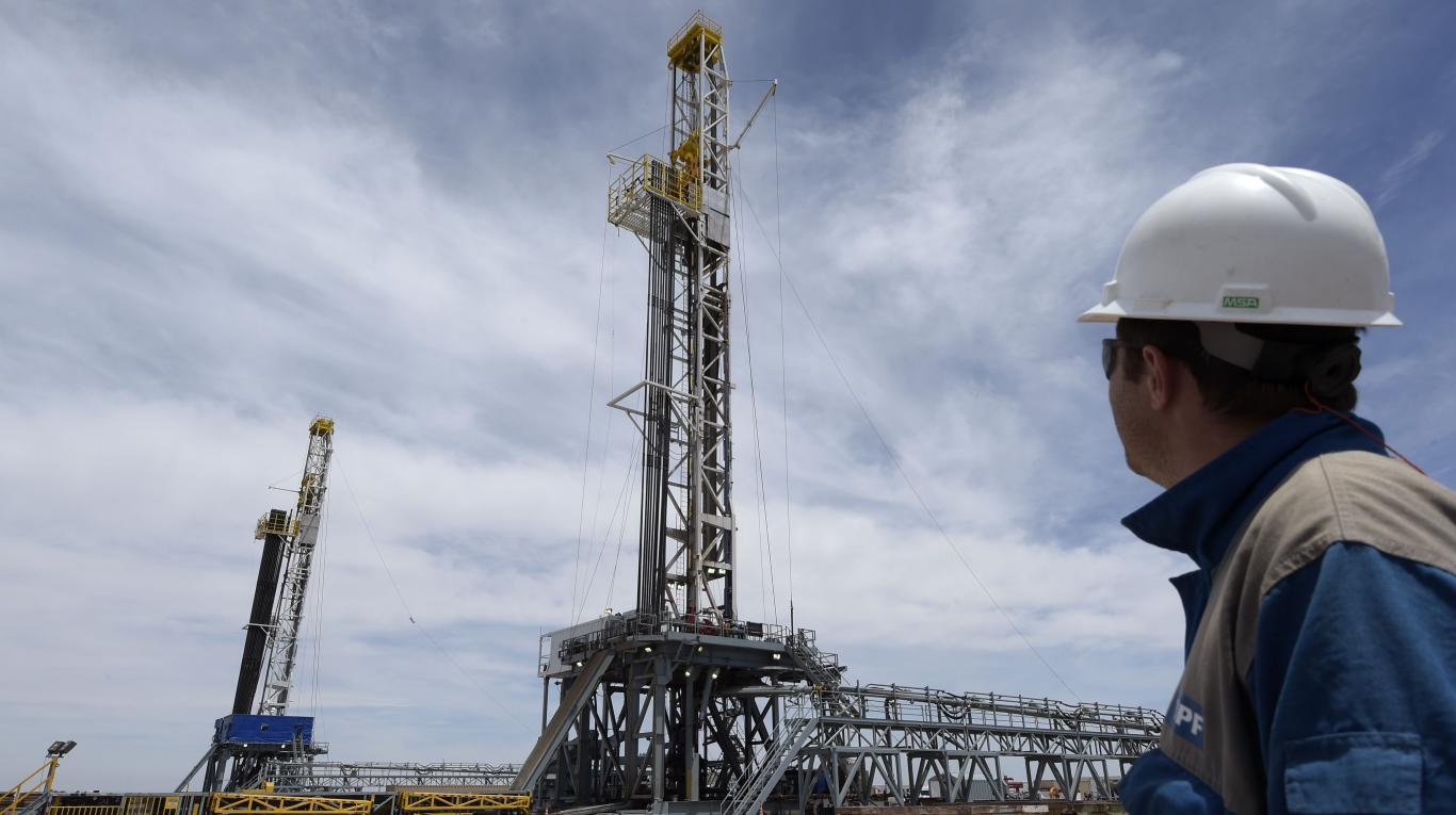 Reactivarán búsqueda de petróleo y gas en el país. Ajustadas condiciones para impulsar exploración  | EL FRENTE