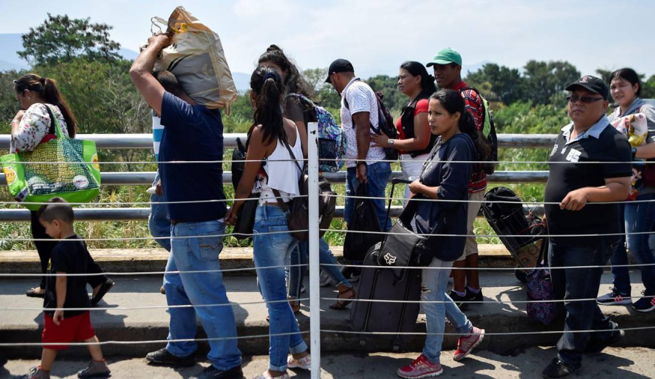 Creció un 120% el número de venezolanos irregulares en Colombia | EL FRENTE