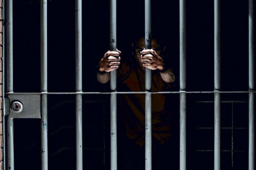 Exfuncionario del INPEC en Bucaramanga condenado por malversación de fondos públicos | EL FRENTE