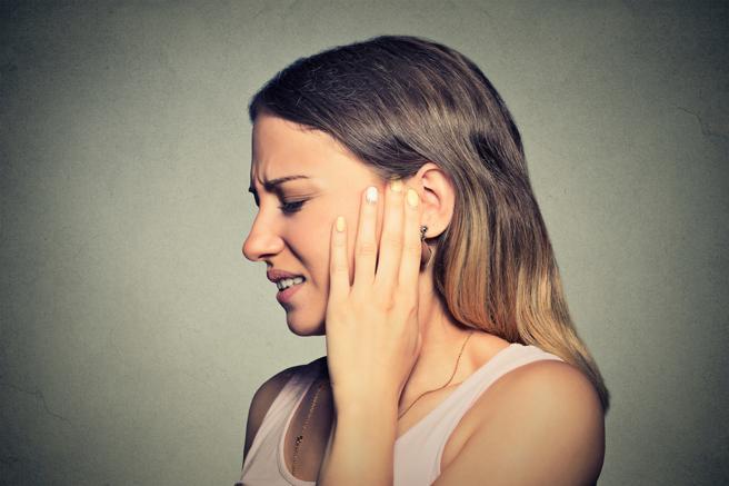Escuchar música en alto volumen provoca daños auditivos | EL FRENTE