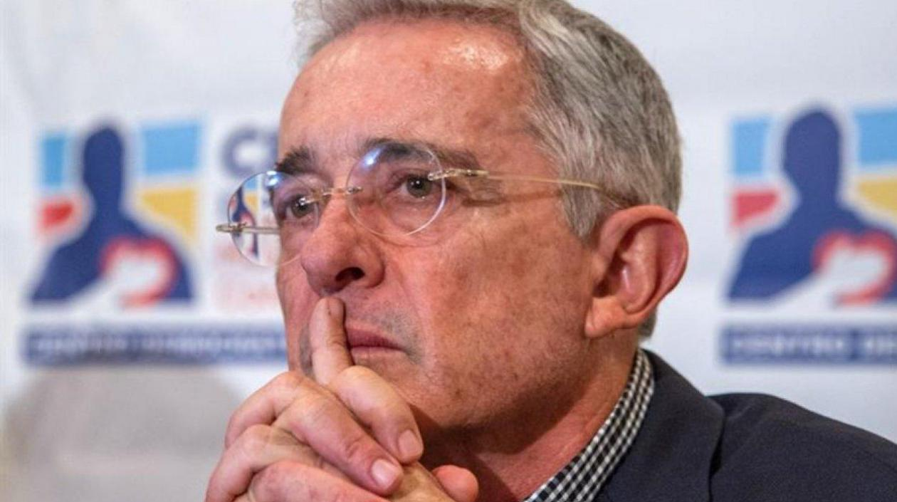 Álvaro Uribe pide eliminar la ley de la JEP | Política | EL FRENTE