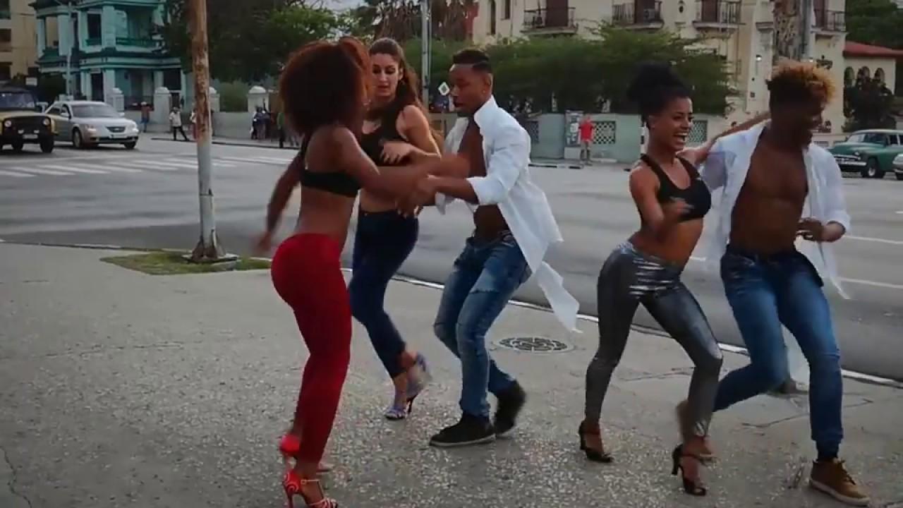 Régimen cubano prohíbe por decreto el reggaetón | Mundo | EL FRENTE