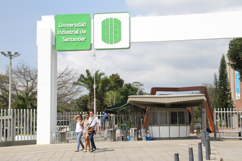 Aniversario de la Universidad Industrial de Santander. Soy una joven de 71 años. Soy la UIS | EL FRENTE