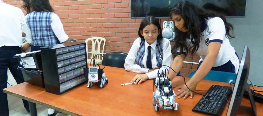 Instituto Politécnico, única institución educativa con especialidad en Robótica en Bucaramanga | Metro | EL FRENTE