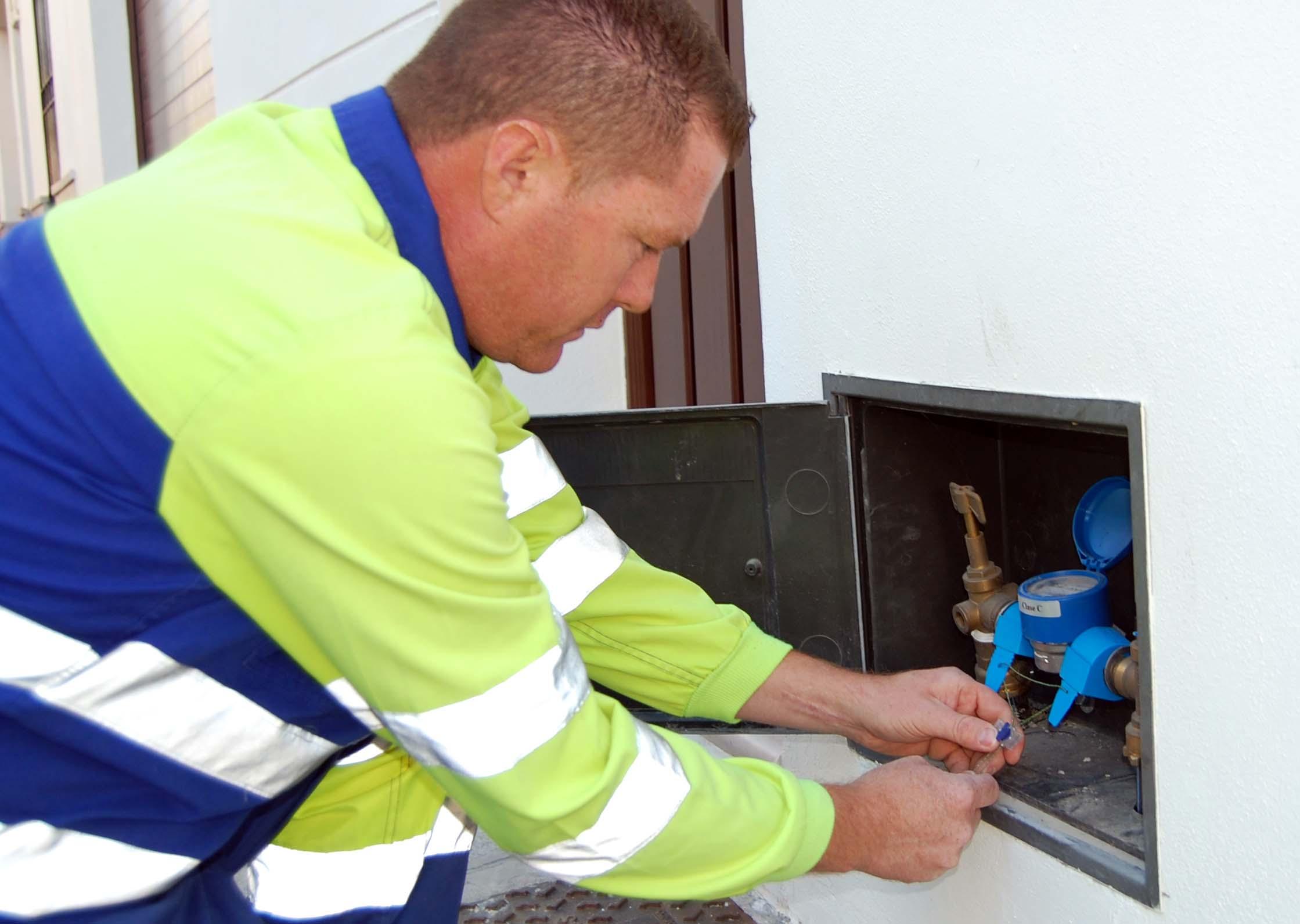 En Piedecuesta reportarán a los derrochadores de agua  | Metro | EL FRENTE