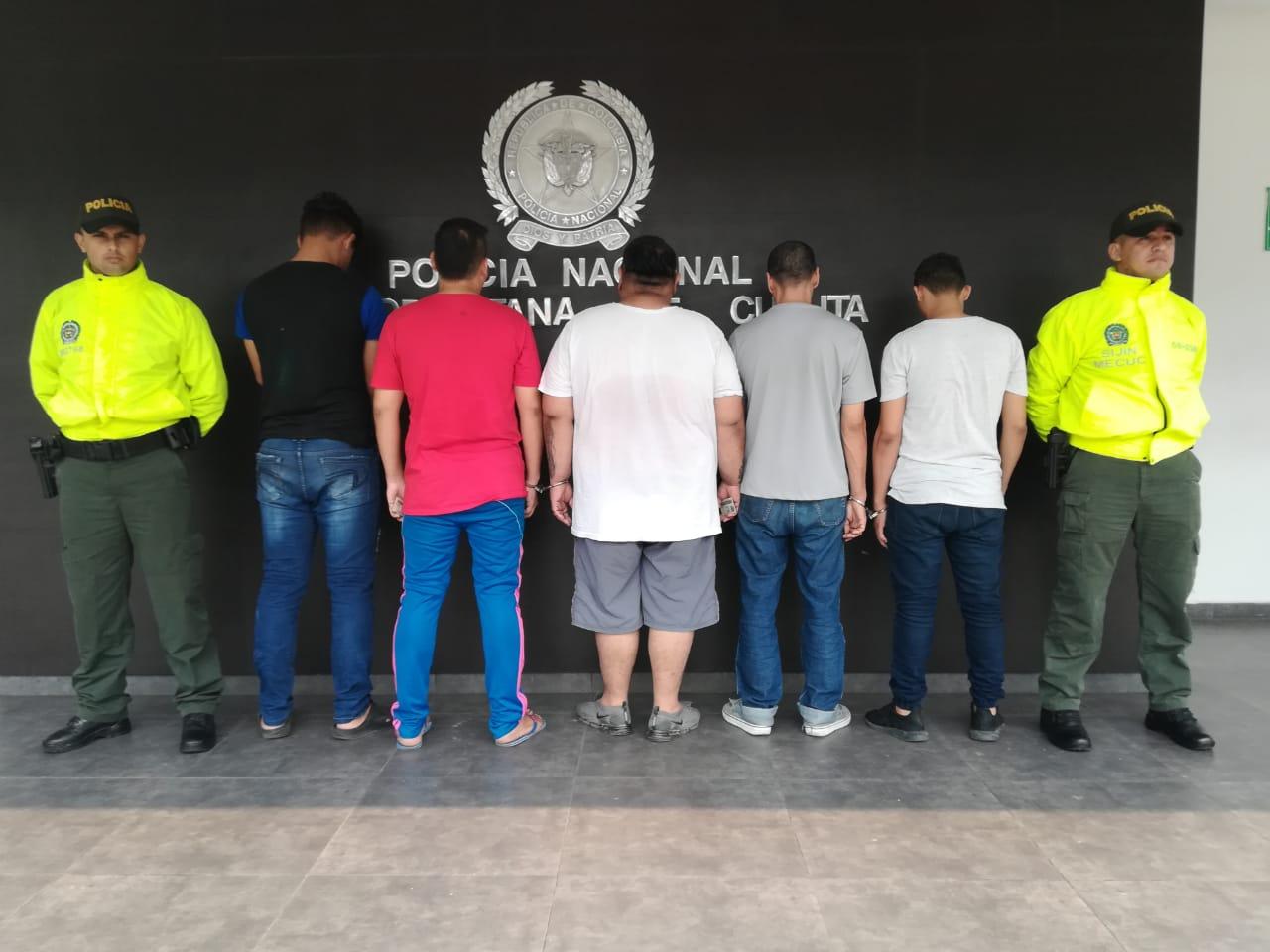 Capturan cinco personas por hurto de celulares en Cúcuta   EL FRENTE