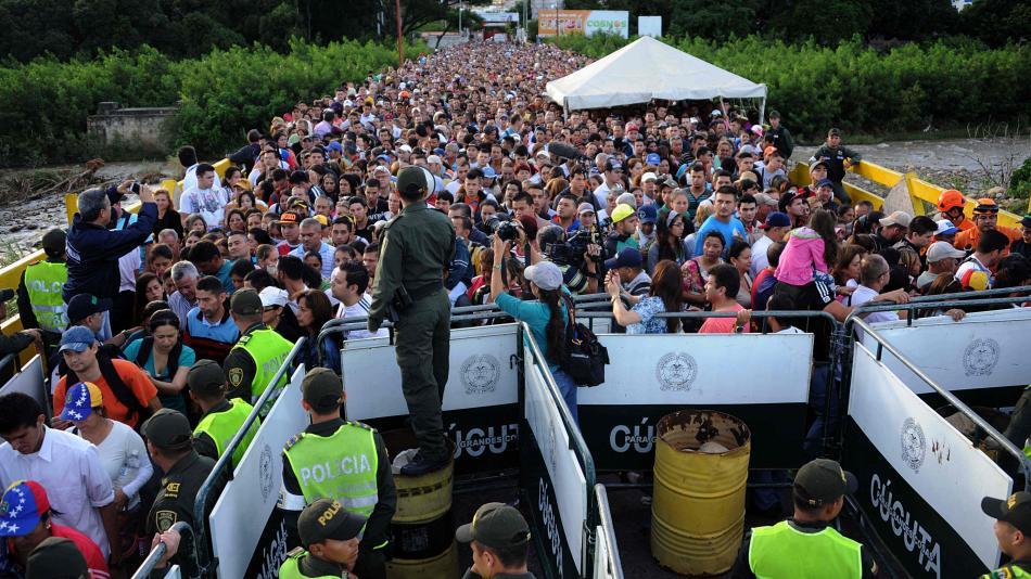 De los 3,7 millones de venezolanos que has salido del país, 1,2 millones están en Colombia | EL FRENTE