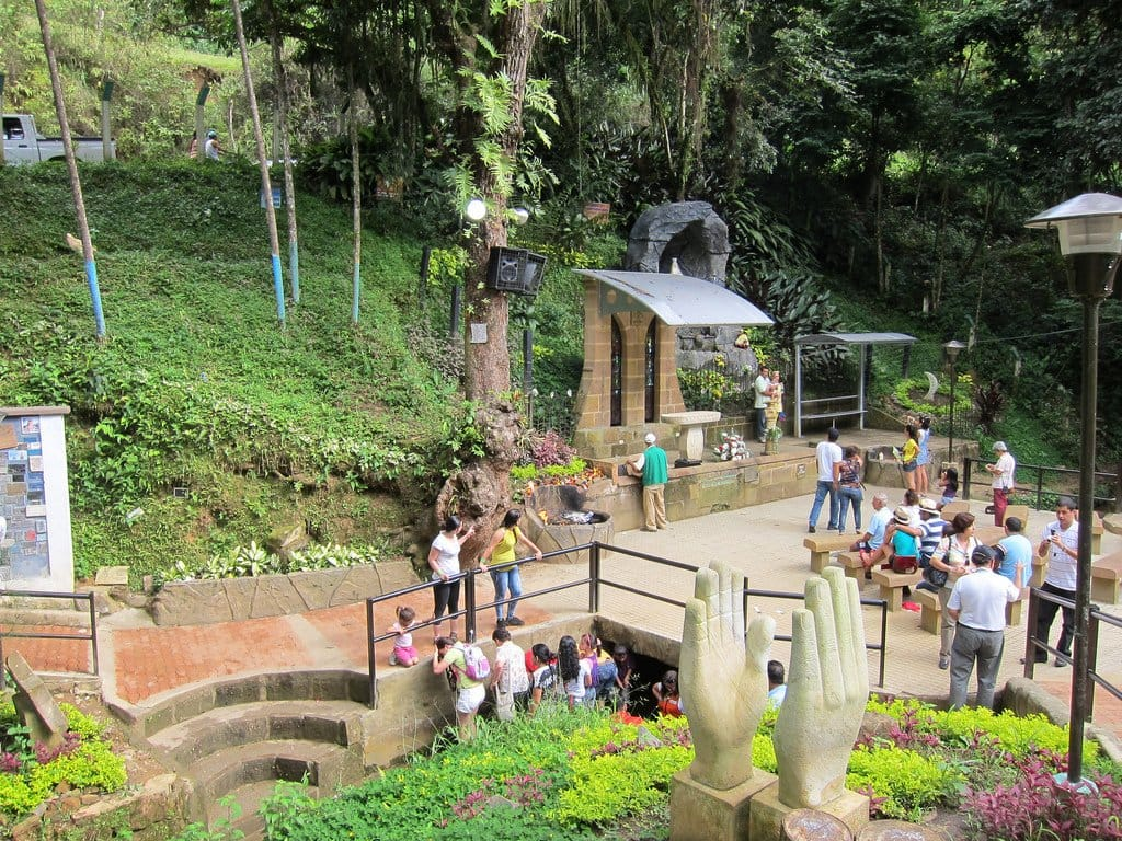 Un gran pretexto para pasear en Semana Santa. Santander es escenario para el turismo religioso | Local | Economía | EL FRENTE