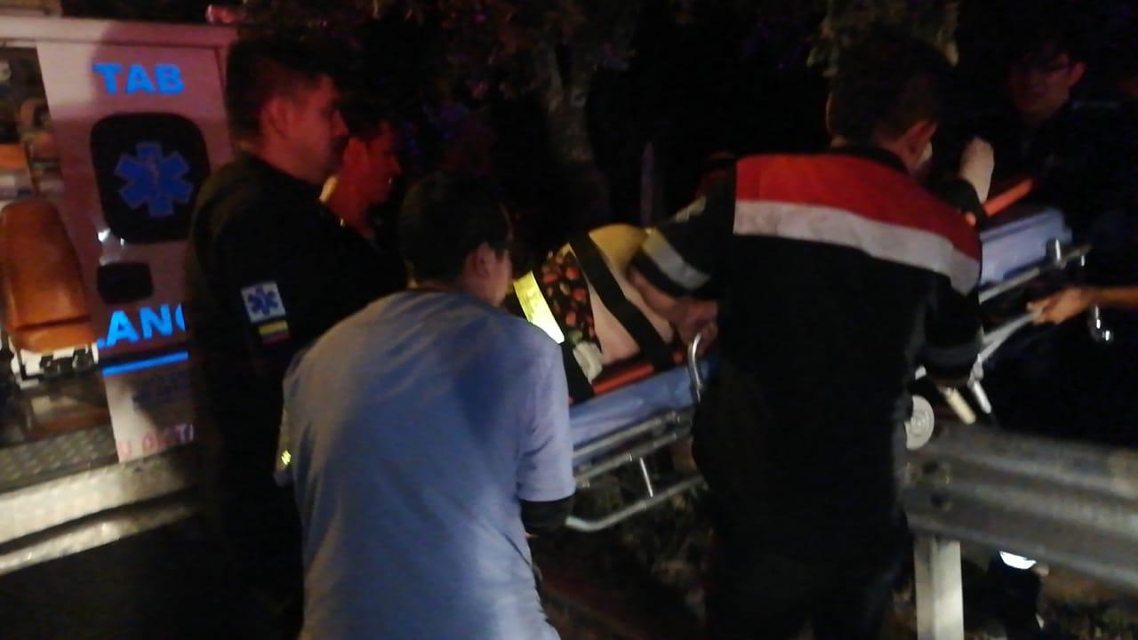Una mujer muerta y cuatro heridos dejó accidente en vía a Centro Abastos  | EL FRENTE