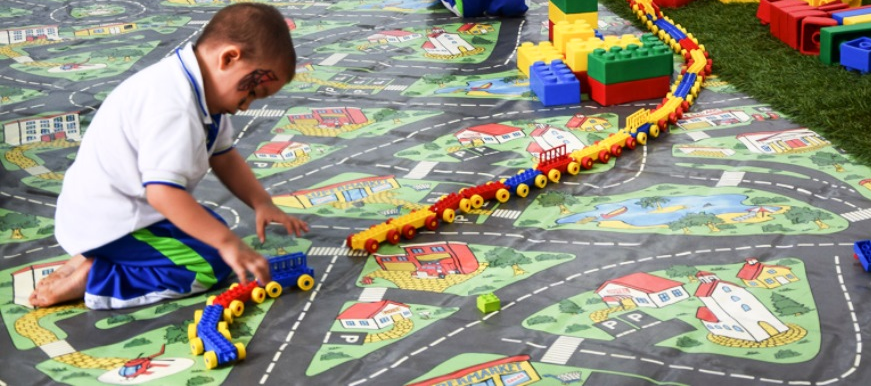2.838 niños han disfrutado del Centro Cultural del Oriente | EL FRENTE