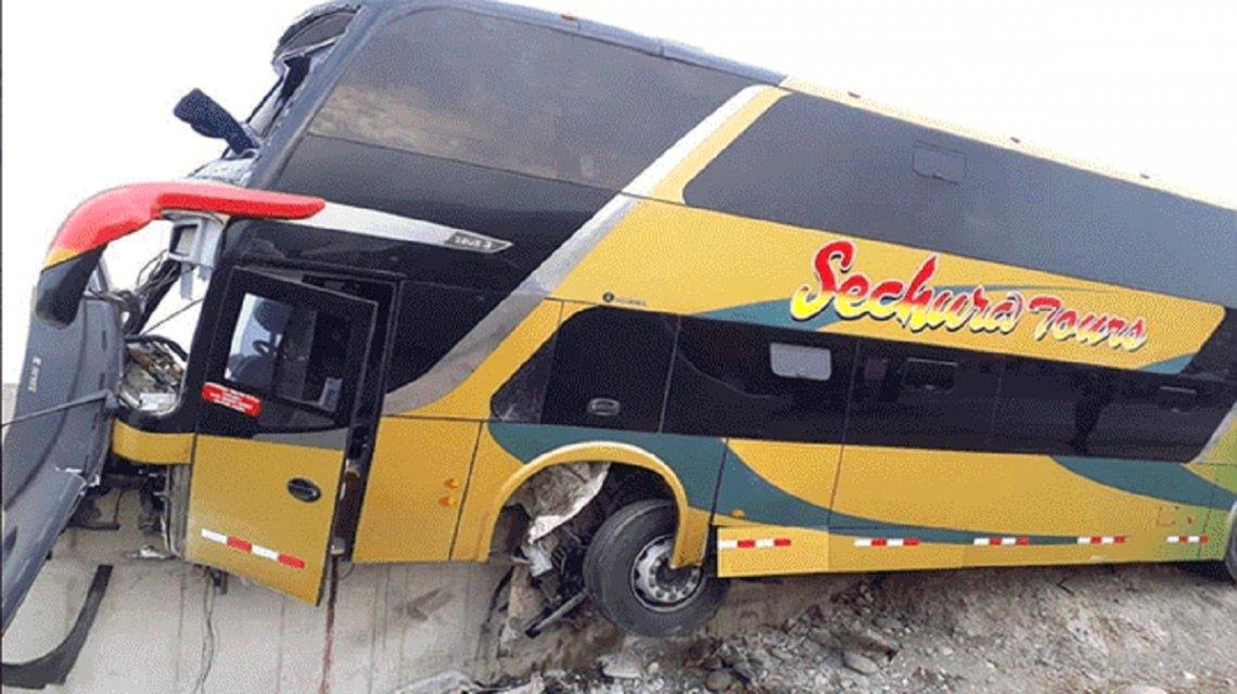 Ocho personas murieron en accidente mientras iban al sepelio de Alan García | EL FRENTE