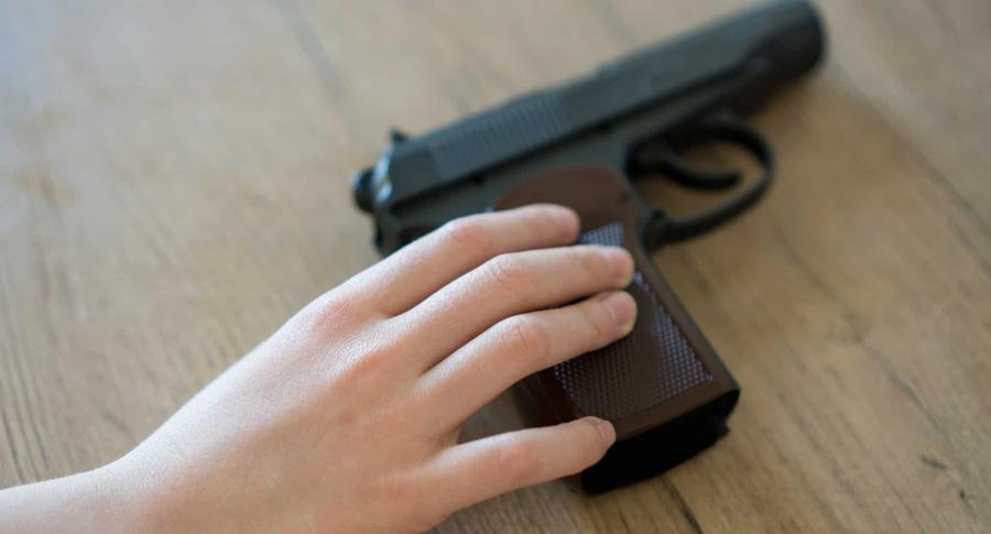 Profesor descubrió a dos niñas que pretendían matar a 10 compañeros | Mundo | EL FRENTE