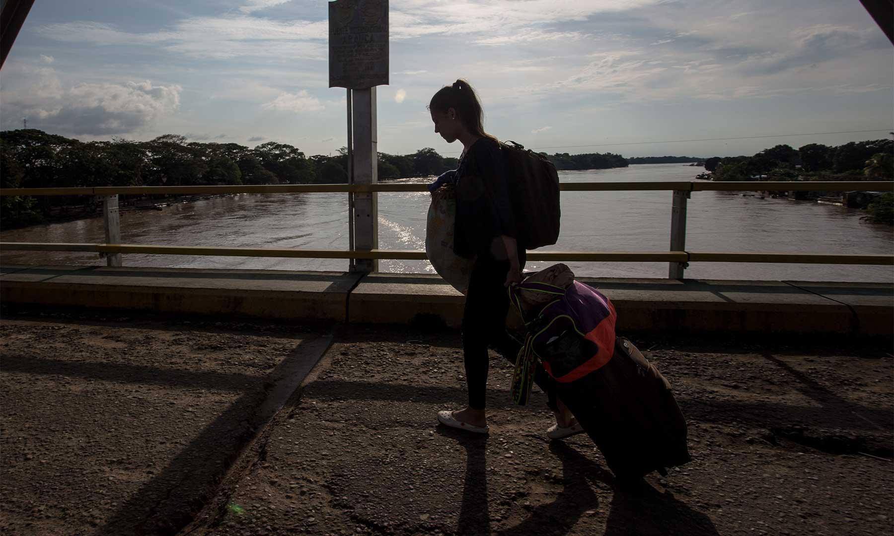 Abren puntos consulares en frontera con Venezuela  | EL FRENTE