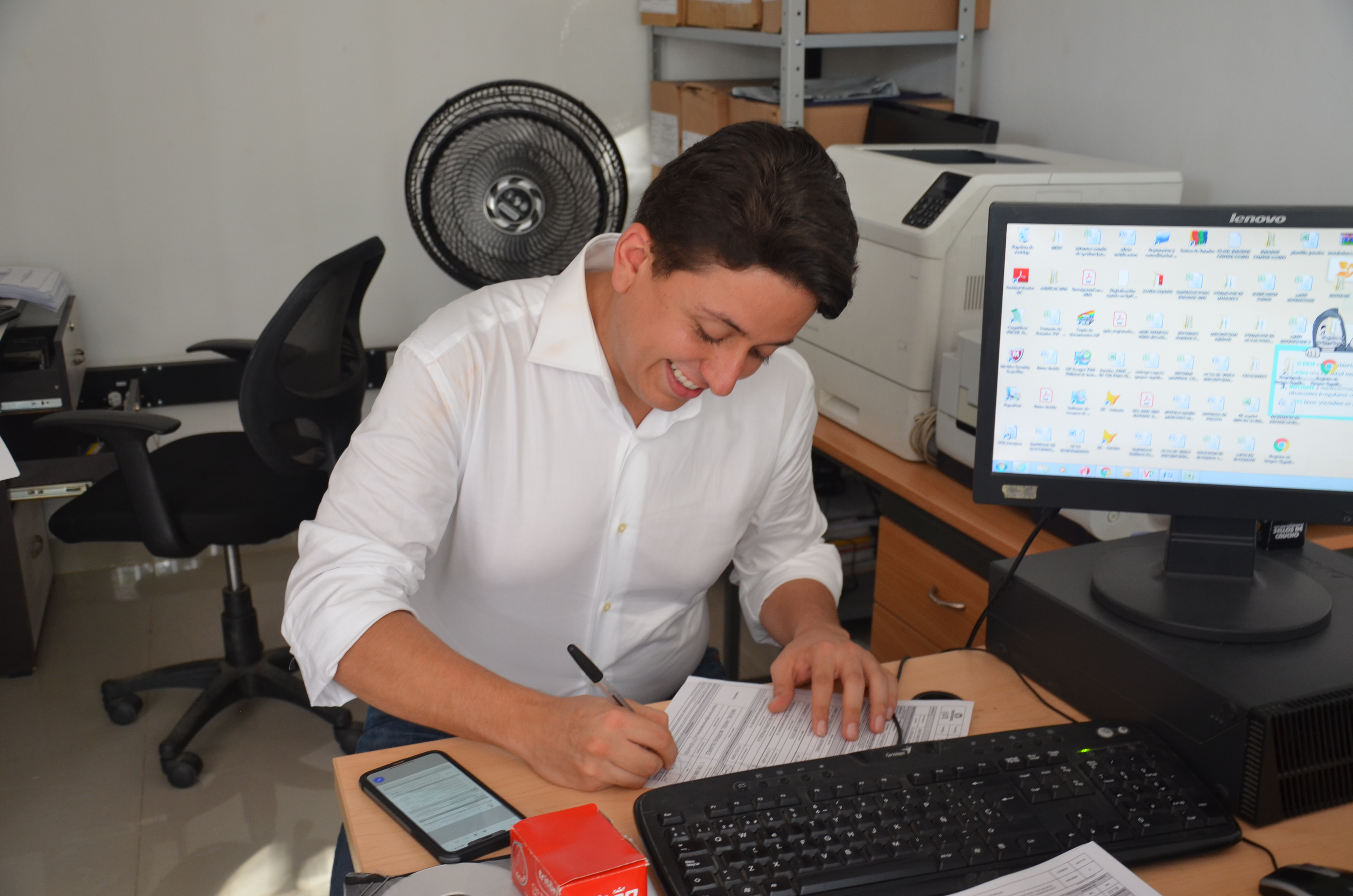 Miguel Ángel Moreno inscribió su nombre para aspirar a la Alcaldía de Floridablanca, Santander | EL FRENTE