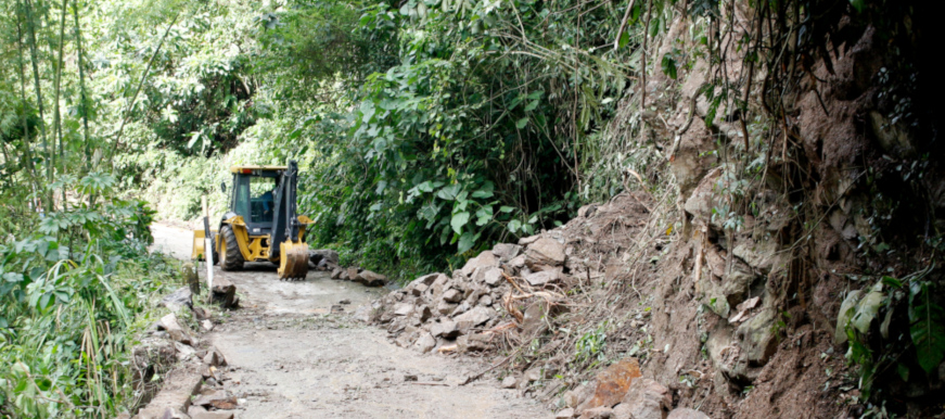 Autoridades articulan esfuerzos para atender emergencias por deslizamientos en Bucaramanga | EL FRENTE