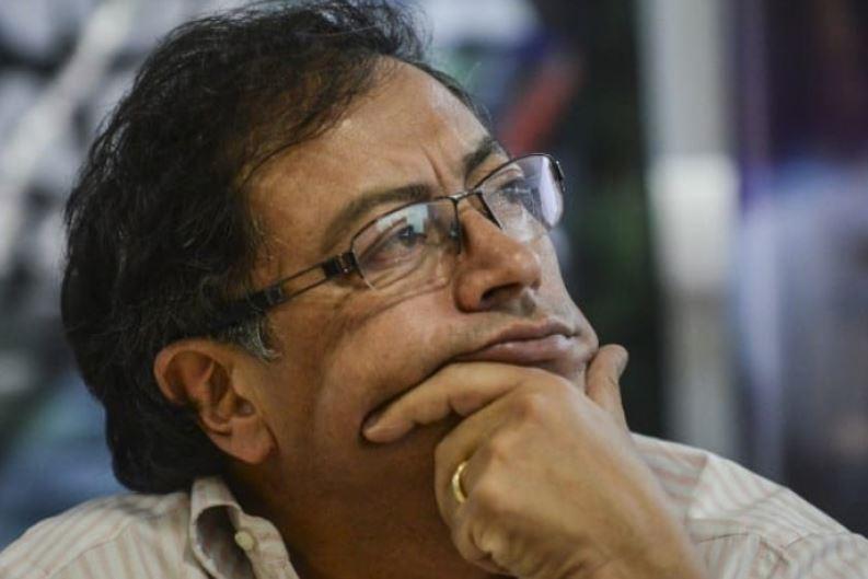 Admiten demanda contra Petro y piden pérdida de investidura | EL FRENTE