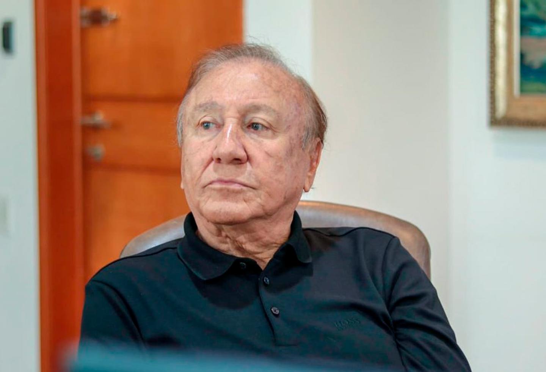 El Alcalde de Bucaramanga cazó otra pelea con el gobernador Didier Tavera desde su facebook Live    Local   Política   EL FRENTE