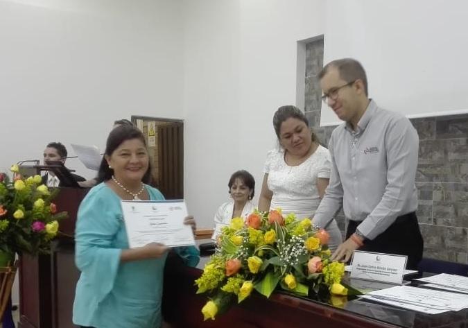 Bilingüismo para empresarios y docentes de provincia. Gracias a la CCB se habla en otro idioma | Economía | EL FRENTE