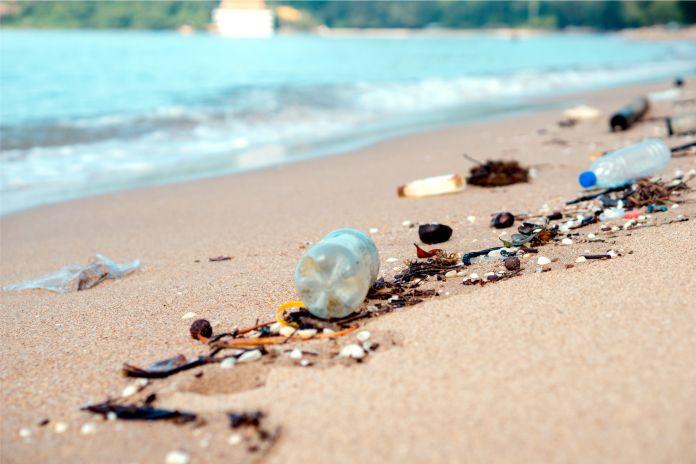 Amenaza silenciosa, El planeta está inundado y contaminado de plástico | EL FRENTE