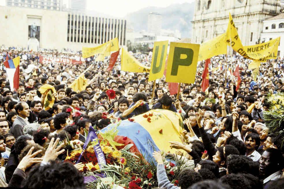 86 exjefes paramilitares deberán responder por asesinatos de líderes sociales   EL FRENTE