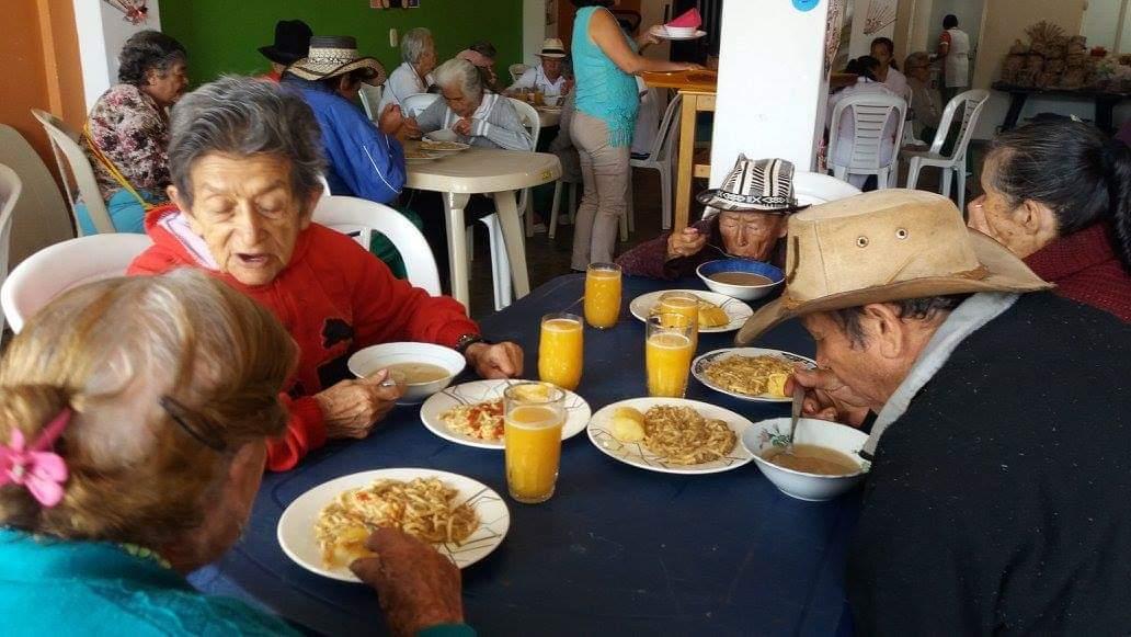 Proyecto de alimentación a los adultos mayores. Programa se iniciará a en la última semana de mayo    EL FRENTE