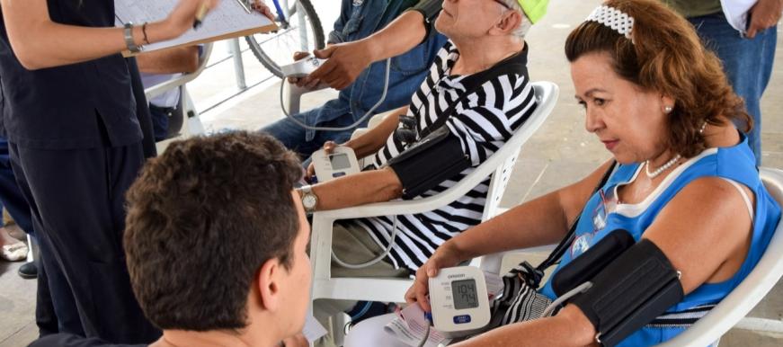 Secretaría de Salud y Ambiente de Bucaramanga conmemoró el Día Mundial de la Hipertensión. | Metro | EL FRENTE