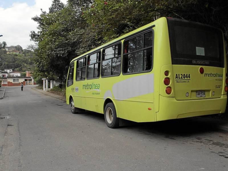 Niño arrollado por un bus está fuera de peligro   EL FRENTE