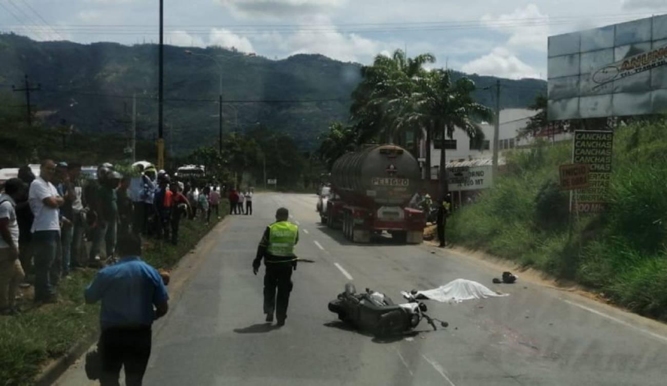 Fallece motociclista en la vía Bucaramanga - Girón    EL FRENTE