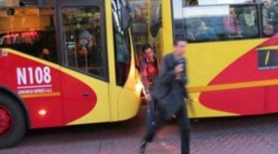Ladrón murió al ser atropellado por un bus de TransMilenio   EL FRENTE