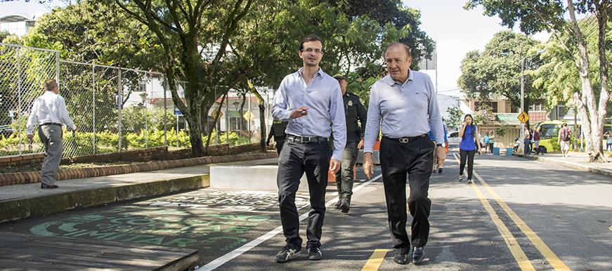 En marcha masificación de vías para bici-usuarios  | EL FRENTE