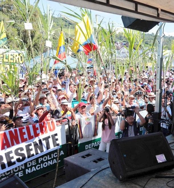Segundo día de negociaciones con MinAgricultura. Continúa la protesta panelera en Barbosa   | EL FRENTE