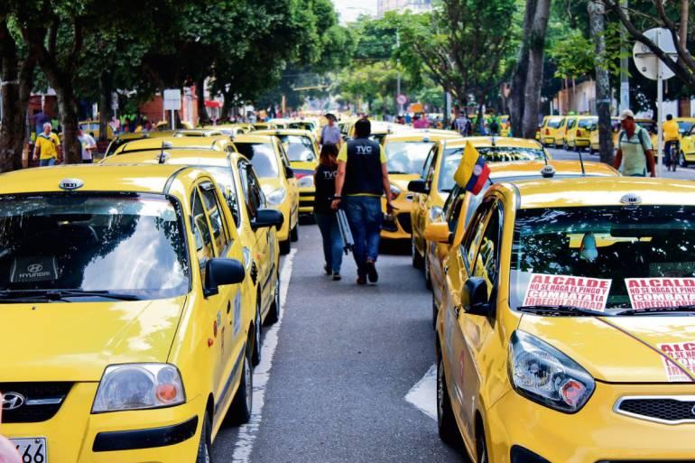 El miércoles habrá paro de taxistas | EL FRENTE