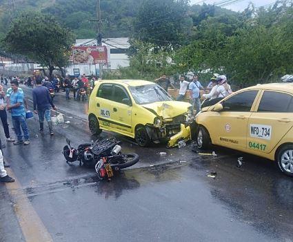 Accidente de trásito dejó una persona herida   EL FRENTE