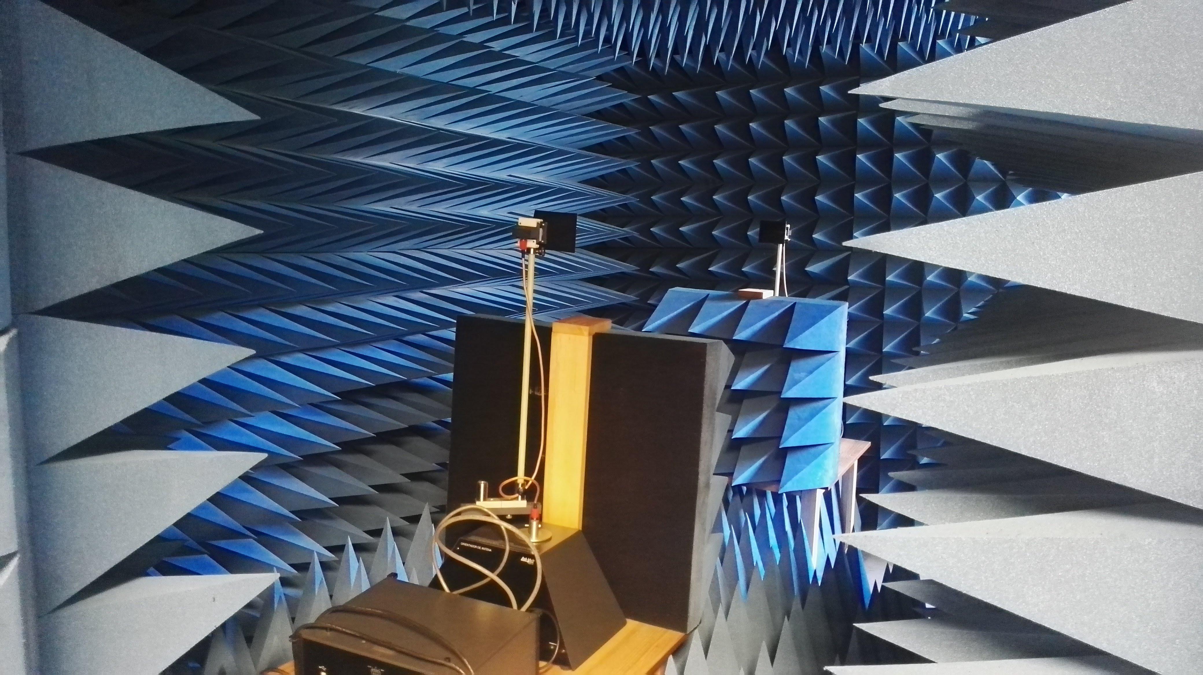 Avance tecnológico en la UPB. Construyen primera cámara anecoica del nororiente  | EL FRENTE