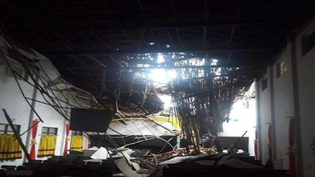 Calamidad pública tras colapso del techo de la Alcaldía en Oiba  | EL FRENTE