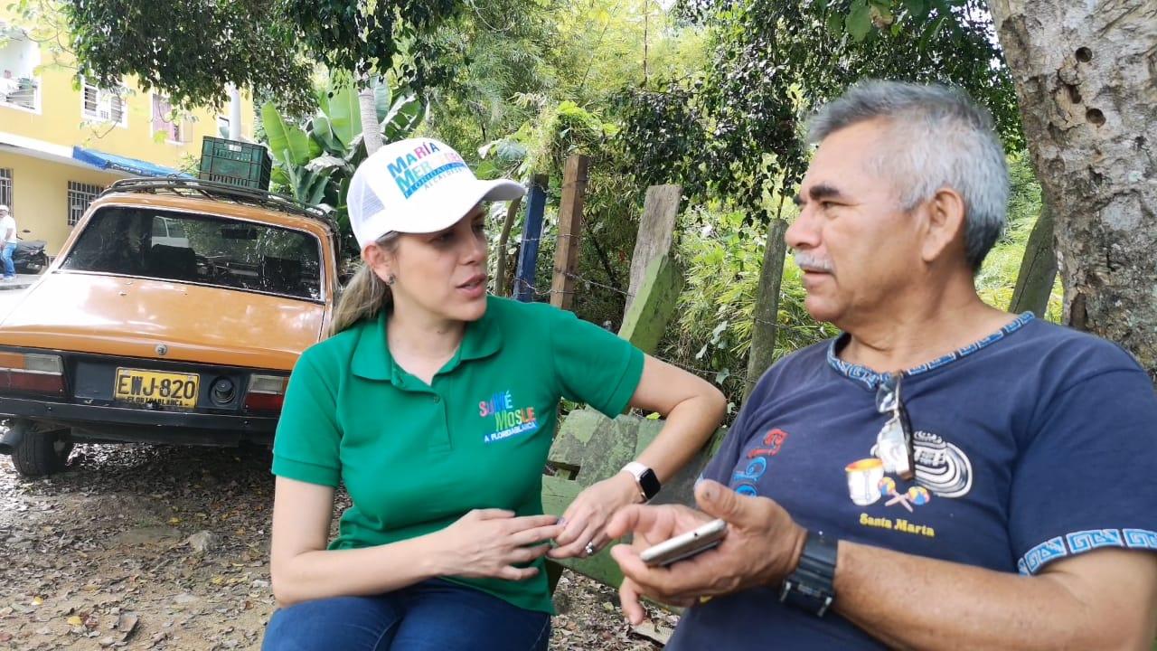 María Mercedes Muñoz continúa ofreciendo su propuesta a los florideños   EL FRENTE