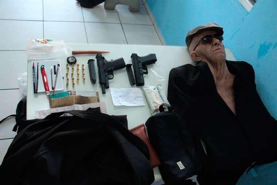 Intentó asaltar un banco disfrazado de anciano | EL FRENTE