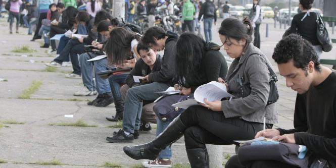 Comisión Nacional del Servicio Civil. Hay 22.300 vacantes de empleo público en el país   Nacional   Economía   EL FRENTE